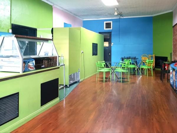 Peak Hill Boomarang Cafe